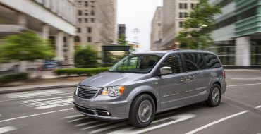 Chrysler Town & Country PHEV to Debut Next Year