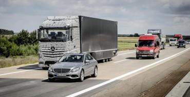 Mercedes' Future Truck 2025 Previews Self-Driving Future of Hauling