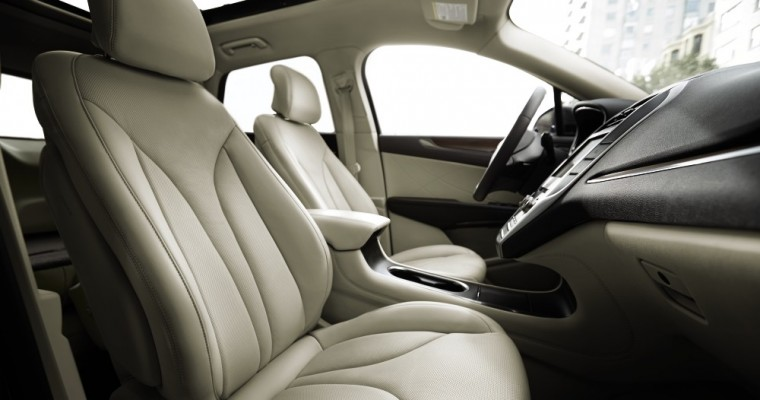 Deepsoft Leather one of Many Reasons to Watch 2015 Lincoln MKC