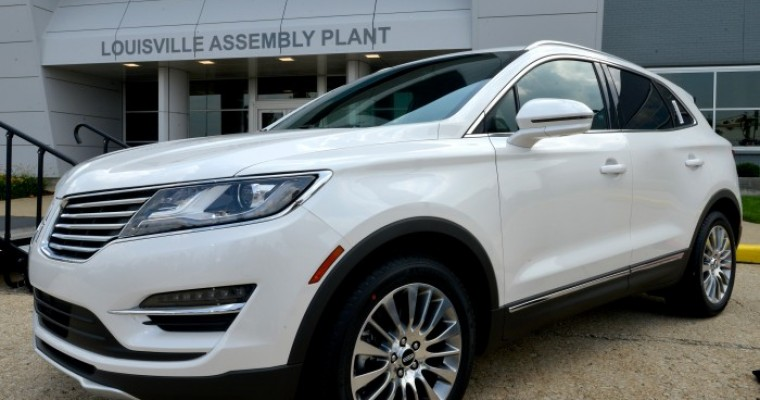 Lincoln August Sales: People Really Love the 2015 MKC
