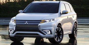Facelifted 2016 Outlander Spotted in the Wild