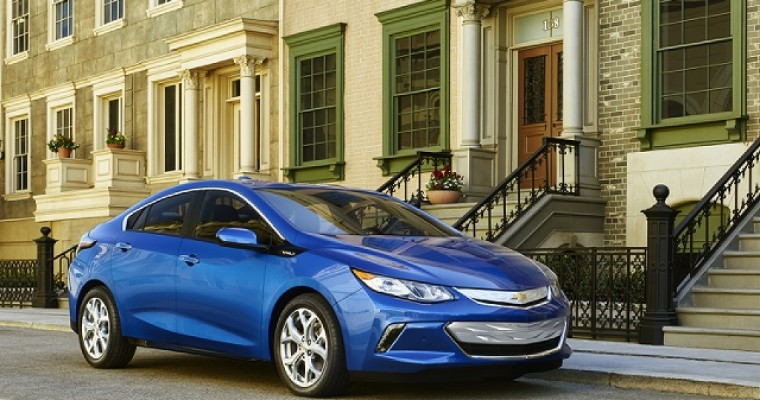 2016 Chevrolet Volt Wins Green Car Of The Year