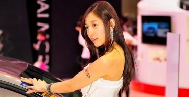 No More Sexy Auto Show Girls for China?