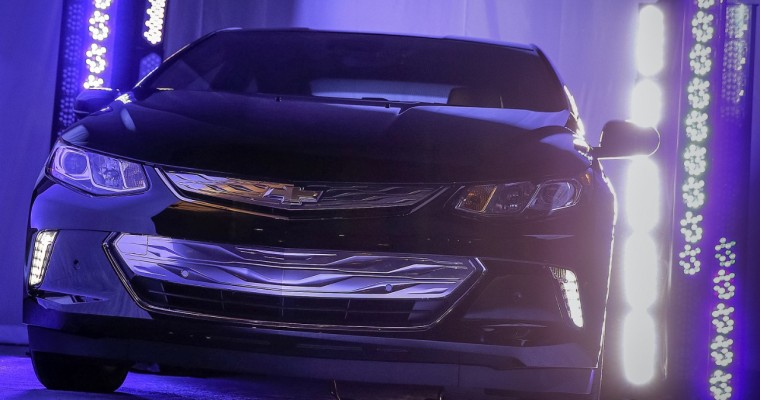 2016 Chevy Volt Revealed at CES in Las Vegas