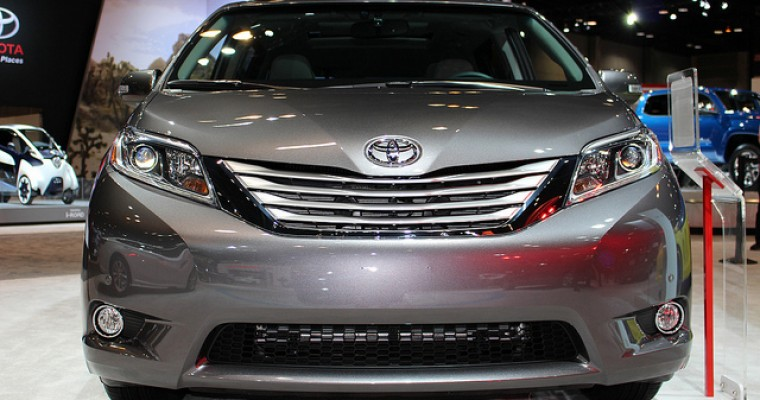 Sienna Wins Best 3-Row Family Vehicle from GAAMA