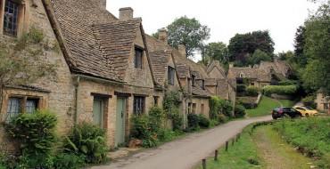 Ugly Yellow Car Photobombs Quaint English Village, Enrages Visitors