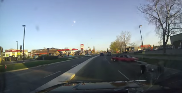 American Muscle Car Tries Flexing, is Torn Asunder [VIDEO]