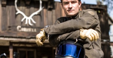 [VIDEO] Bad Boy Orlando Bloom Customizes, Rides BMW S 1000 R Motorcycle