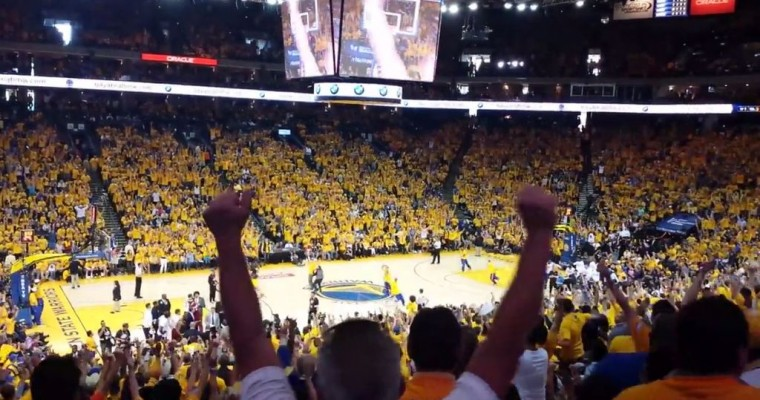 [VIDEO] Golden State Warriors Fan Wins BMW i3 with Lucky Shot