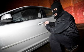 7 Signs You're Buying a Stolen Car