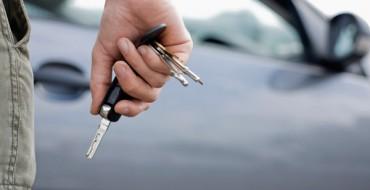 Unlocked Mercedes-Benz with Keys Left Inside is Unsurprisingly Stolen