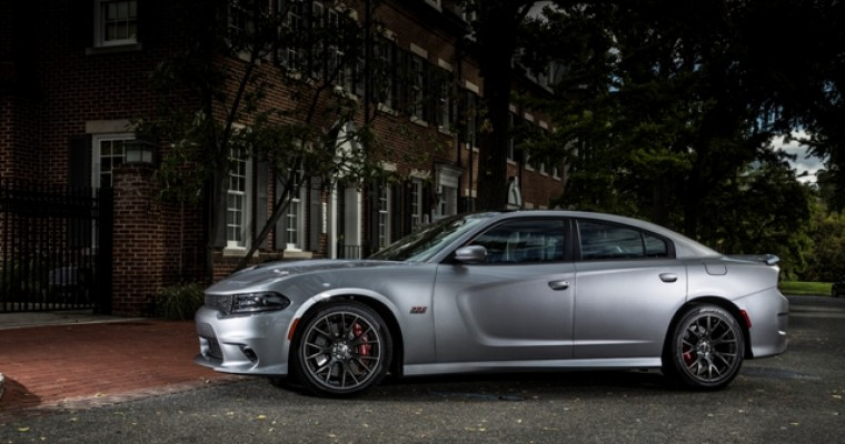 2015 Dodge Charger SRT 392 Adds Premium Features to Performance