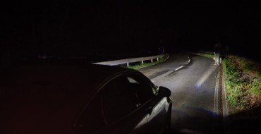 Ford Unveils Camera-Based Advanced Front Lighting System and Spot Lighting Tech
