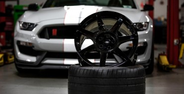 Shelby GT350R Mustang's Carbon Fiber Wheels Win Popular Science Award