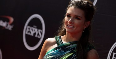 Danica Patrick Signs Extension to Remain in NASCAR Sprint Cup Series
