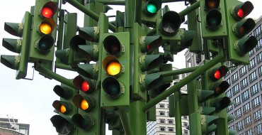[Photos] When Was the First Traffic Light Installed?