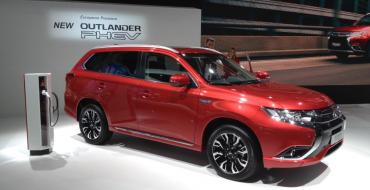 Mitsubishi Outlander PHEV Revealed at Frankfurt Motor Show