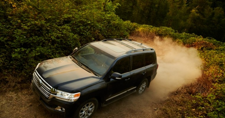 2016 Toyota Land Cruiser Overview