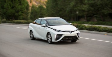 Toyota Mirai Dealers to Delay Deliveries Due to Lack of Refueling Infrastructure