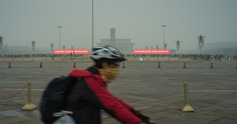 Chinese Air Pollution Critical: How Will the World's Biggest Car Market Deal With Its Smog?
