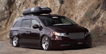 Check Out This 1,000 HP Honda Odyssey from Bisimoto Engineering [VIDEO]