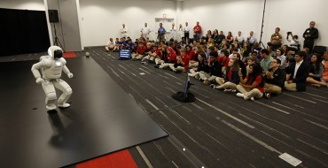 Honda ASIMO Visits Ohio STEM Students