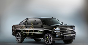 Mike Waddell and Austin Dillon Stump for the Chevy Silverado Realtree Edition