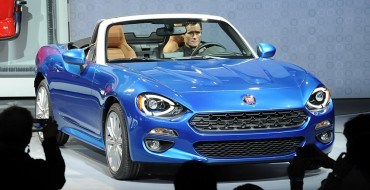 Fiat Dazzles The Crowd at the LA Auto Show with its 2017 124 Spider