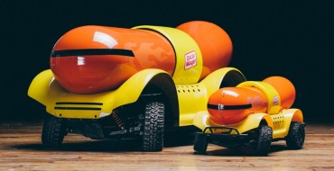 Remote Control Oscar Mayer Wienermobile Arrives Just in Time for the Holidays