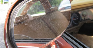 Signs It's Time to Replace Your Side Mirror