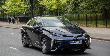 Toyota Mirai Wins 2016 <em>What Car?</em> Technology Award