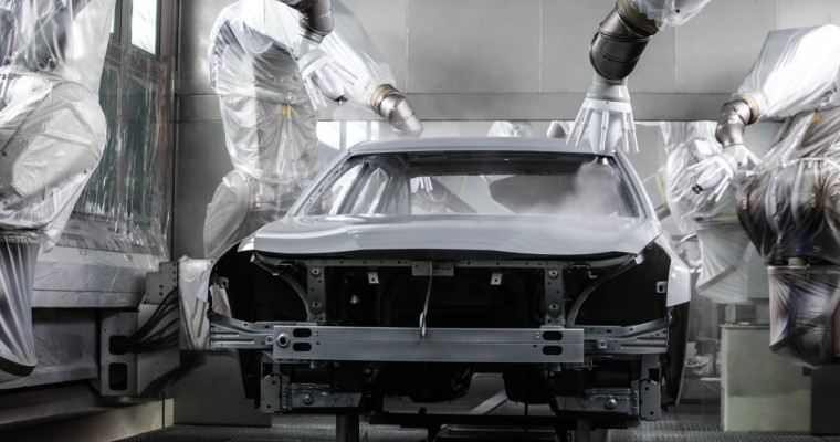 What's the Difference Between Metallic & Pearl Car Paint?