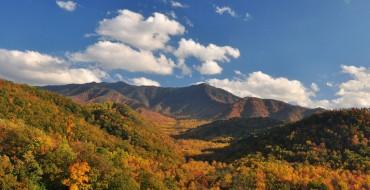 Navigating the US: Getting Around in Gatlinburg, Tennessee