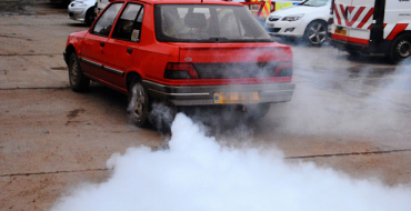 Welshman Activates James Bond-Like Smoke Screen to Evade Cops