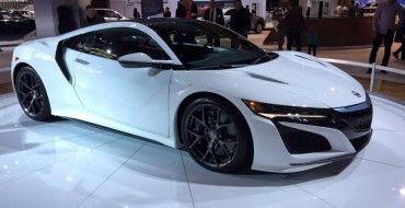 [PHOTOS] Acura Brings White NSX To Cold Chicago for the 2016 Auto Show