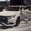 2017 Mitsubishi Outlander PHEV Debuts at 2016 New York International Auto Show