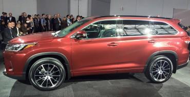 2017 Toyota Highlander Debuts in New York