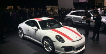 [PHOTOS] New Porsche 911 R Delights the Crowd at the New York Auto Show