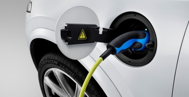 Great Idea: Two Oil Companies Decide to Build Electric Chargers in Gas Stations