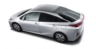 Toyota Prius Prime Will Use Solar Panels on the Roof to Help Charge the Battery