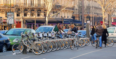 Paris Is Building A Highway for Only Bicyclists