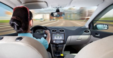 Dangerous Driving Errors Moms Make Behind the Wheel