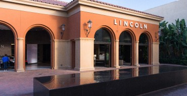 Lincoln Follows Luxury Trend With Lincoln Experience Center