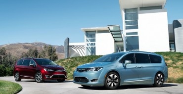Cars.com 'Best of 2017' Award Goes to Chrysler Pacifica Minivan