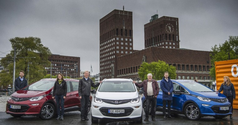More Than Half of All New Vehicles Sold in Norway Last Year Were Hybrids or EVs