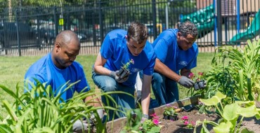 Ford Volunteers Pitch In For Dozens of Detroit-Area Projects on Accelerated Action Day