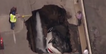 St Louis Water Guy Doesn't Know How Sinkhole That Ate a Car Formed, So Let's Find Out