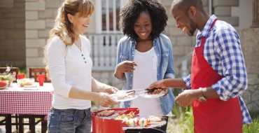 Keep It Cold—Tips for Safely Transporting Food When It's Hot Outside