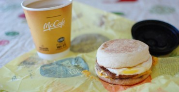 Worst 5 Breakfasts to Eat During Your Commute