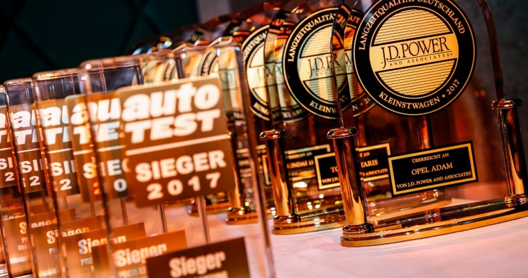 Opel ADAM, Insignia Win J.D. Power VDS Awards; Ampera-e Wins Auto Test Technical Innovation Trophy